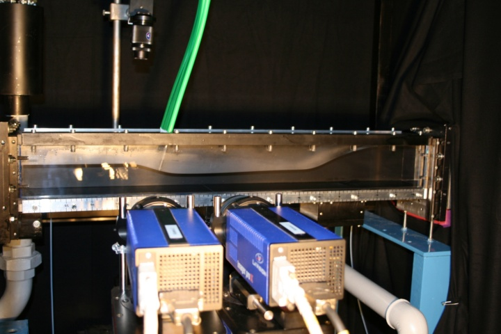 Laser measurement while investigating flow separation in turbine blade passages (c)